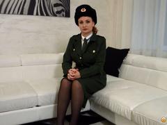 Кончил два раза на кастинге в военнослужащую РФ - в ролях Eva Berger