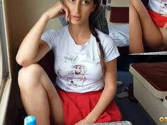 Попутчица без трусов под юбкой ехала в поезде Санкт-Петербург - Сочи