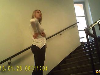 Русская сука обслужила иностранца в отеле
